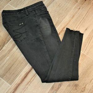 Seven 7 Black ankle jeans